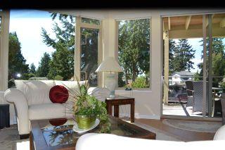 Photo 4: 235 5160 DAVIS BAY Road in Sechelt: Sechelt District Condo for sale (Sunshine Coast)  : MLS®# R2190164