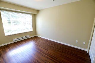 Photo 9: 206 14960 102A AVENUE in Surrey: Guildford Condo for sale (North Surrey)  : MLS®# R2457466