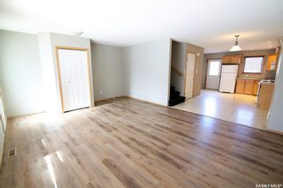 Photo 4: 2720 Victoria Avenue in Regina: Cathedral RG Residential for sale : MLS®# SK856718