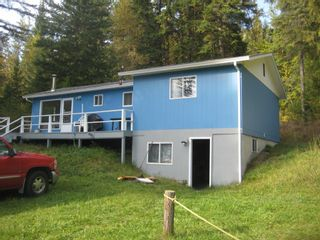 Photo 3: 2544 Vickers  Trail in Anglemont: North Shuswap House for sale (Shuswap)  : MLS®# 10036911