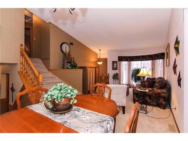 Photo 11: Photos: 139 MCKERRELL Way SE in Calgary: McKenzie Lake House for sale : MLS®# C4102134