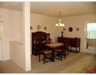 Photo 4: 103 15290 18TH Avenue in Surrey: King George Corridor Condo for sale (South Surrey White Rock)  : MLS®# F2819956