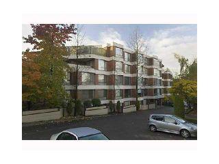 "Photo 1: 102 2140 BRIAR Avenue in Vancouver: Quilchena Condo for sale in ""ARBUTUS VILLAGE"" (Vancouver West)  : MLS®# V852305"