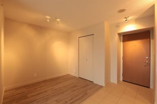 """Photo 7: 1809 660 NOOTKA Way in Port Moody: Port Moody Centre Condo for sale in """"NAHANNI"""" : MLS®# R2233672"""