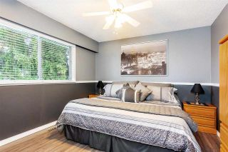Photo 8: 17027 HEREFORD PLACE in Surrey: Cloverdale BC House for sale (Cloverdale)  : MLS®# R2435487