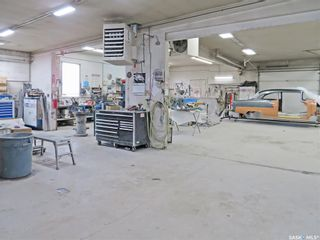 Photo 2: 850 North Railway Street East in Swift Current: Industrial NE Commercial for sale : MLS®# SK855830