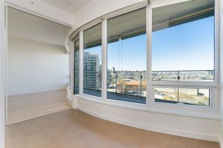"""Photo 30: 807 181 W 1ST Avenue in Vancouver: False Creek Condo for sale in """"BROOK AT THE VILLAGE"""" (Vancouver West)  : MLS®# R2567643"""