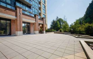 """Photo 22: 1110 10777 UNIVERSITY Drive in Surrey: Whalley Condo for sale in """"City Point"""" (North Surrey)  : MLS®# R2456310"""