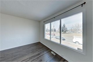Photo 10: 7717 & 7719 41 Avenue NW in Calgary: Bowness 4 plex for sale : MLS®# A1084041