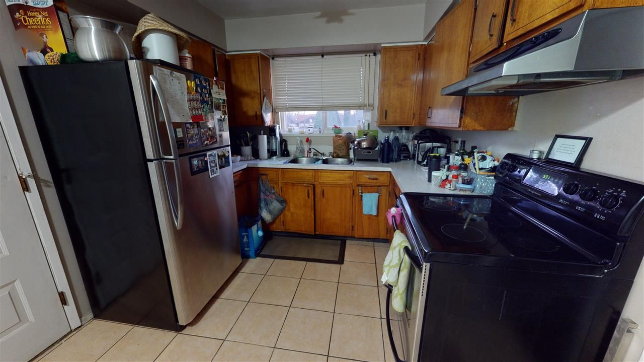 Photo 4: Photos: 3405 E GEORGIA Street in Vancouver: Renfrew VE House for sale (Vancouver East)  : MLS®# R2538744
