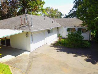 Photo 11: 8643 Lochside Dr in NORTH SAANICH: NS Bazan Bay House for sale (North Saanich)  : MLS®# 786921