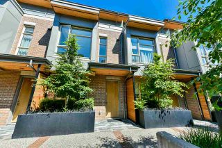 Photo 1: 5528 OAK Street in Vancouver: Cambie Townhouse for sale (Vancouver West)  : MLS®# R2545156