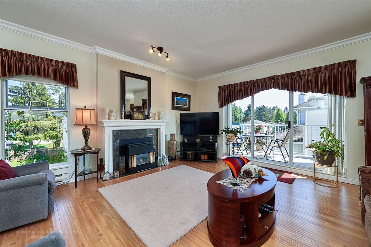 Main Photo: 220 13918 72 Avenue in Surrey: East Newton Condo for sale : MLS®# R2061300