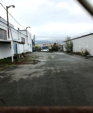 Photo 11: 1250 E PENDER Street in Vancouver: Strathcona Industrial for lease (Vancouver East)  : MLS®# C8038132