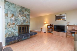 Photo 5: 618 Goldie Ave in VICTORIA: La Thetis Heights House for sale (Langford)  : MLS®# 813665