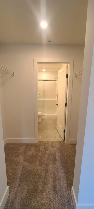 Photo 3: 206 33568 GEORGE FERGUSON Way in Abbotsford: Central Abbotsford Condo for sale : MLS®# R2612013