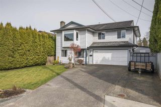 Photo 1: 9476 213 Street in Langley: Walnut Grove House for sale : MLS®# R2551356
