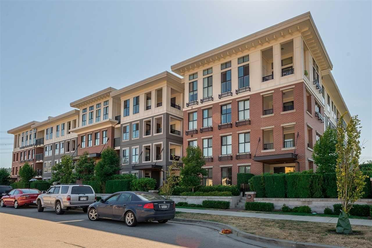 Main Photo: 314 3323 151 STREET in Surrey: Morgan Creek Condo for sale (South Surrey White Rock)  : MLS®# R2195662