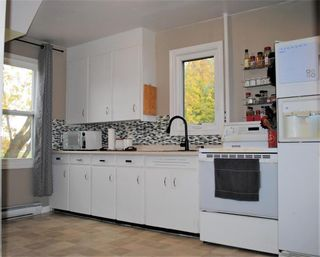 Photo 6: 4 Baie Caron Avenue North in St Georges: R28 Residential for sale : MLS®# 202105765