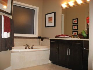 Photo 15: 69 Brookstone Place in Winnipeg: Residential for sale : MLS®# 1101237