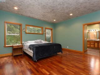 Photo 11: 922 Latoria Rd in VICTORIA: La Olympic View House for sale (Langford)  : MLS®# 823332