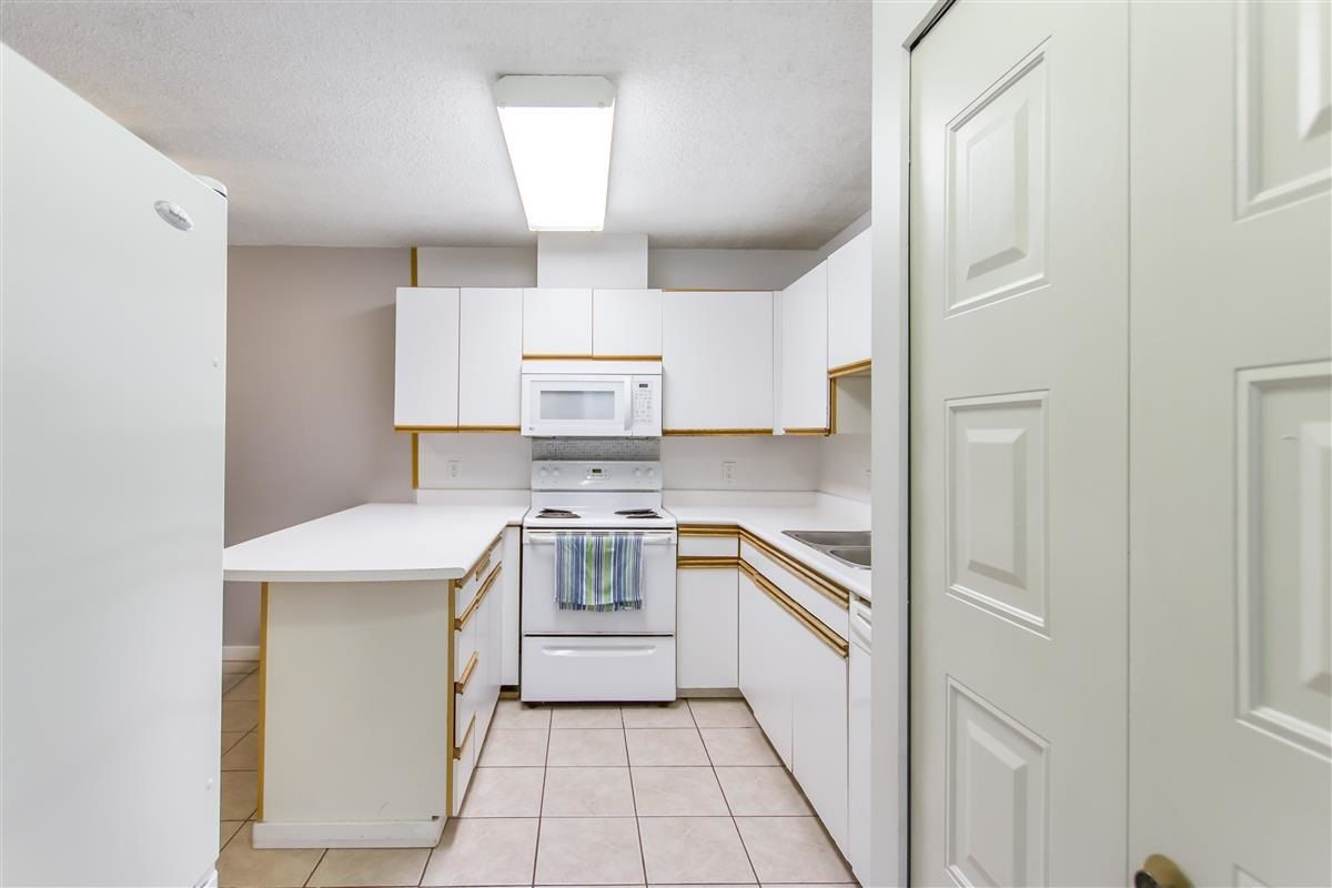 Photo 8: Photos: 205 3970 CARRIGAN Court in Burnaby: Government Road Condo for sale (Burnaby North)  : MLS®# R2536025