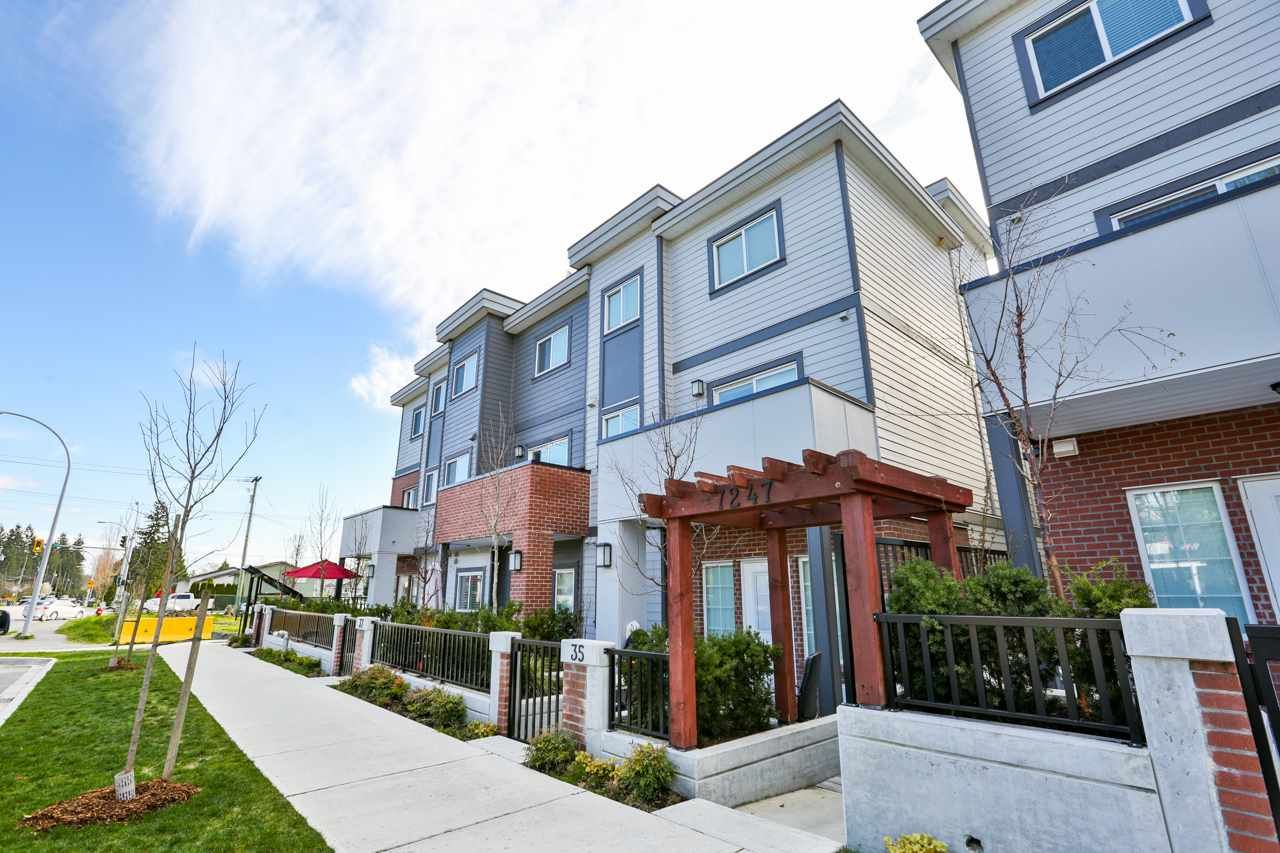 """Main Photo: 39 7247 140 Street in Surrey: East Newton Townhouse for sale in """"Greenwood Townhomes"""" : MLS®# R2256026"""