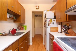 Photo 14: 303 964 Heywood Ave in : Vi Fairfield West Condo for sale (Victoria)  : MLS®# 862438