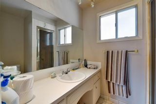 Photo 17: 6811 Lawrence Court SW in Calgary: Lakeview Detached for sale : MLS®# A1096678