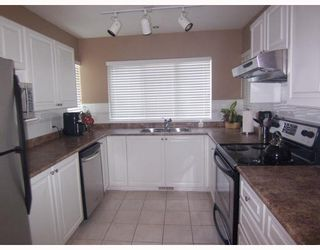 """Photo 3: 34 7465 MULBERRY Place in Burnaby: The Crest Townhouse for sale in """"SUNRIDGE"""" (Burnaby East)  : MLS®# V775314"""