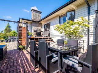 Photo 31: 14485 17 Avenue in Surrey: Sunnyside Park Surrey House for sale (South Surrey White Rock)  : MLS®# R2492269