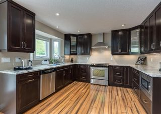 Photo 10: 86 Wood Valley Drive SW in Calgary: Woodbine Detached for sale : MLS®# A1119204