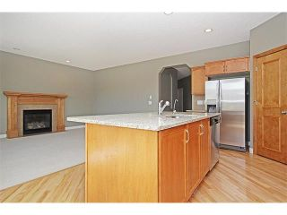 Photo 13: 116 CRANRIDGE Crescent SE in Calgary: Cranston House for sale : MLS®# C4008758