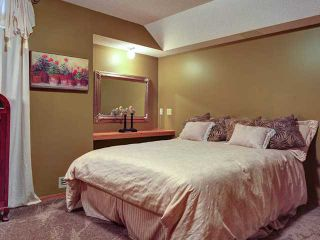 Photo 18: 112 OAKBRIAR Close SW in CALGARY: Palliser Townhouse for sale (Calgary)  : MLS®# C3576758
