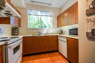 """Photo 10: 7398 HAWTHORNE Terrace in Burnaby: Highgate Townhouse for sale in """"MONTEREY"""" (Burnaby South)  : MLS®# R2071197"""