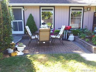 Photo 1: 2286 Bellamy Rd in VICTORIA: La Thetis Heights Half Duplex for sale (Langford)  : MLS®# 650544