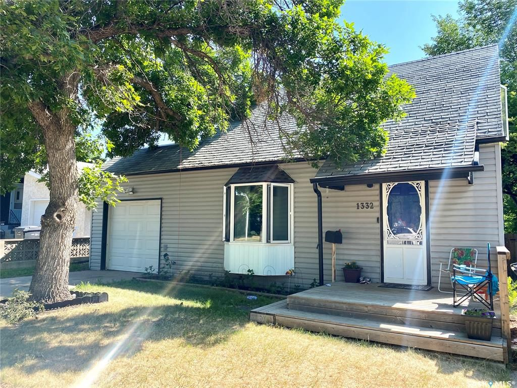 Main Photo: 1332 104th Street in North Battleford: Sapp Valley Residential for sale : MLS®# SK863785