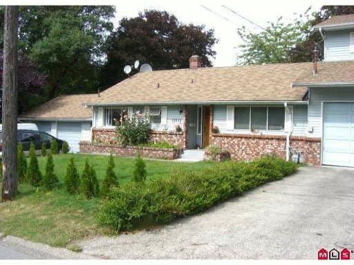 Main Photo: 11535 MILLAR Road in Surrey: Royal Heights 1/2 Duplex for sale (North Surrey)  : MLS®# F1102884