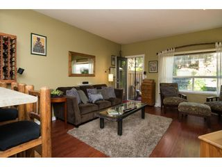 """Photo 4: 35 15065 58 Avenue in Surrey: Sullivan Station Townhouse for sale in """"Springhill"""" : MLS®# R2091056"""