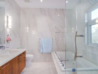 Photo 11: 152 W 48TH Avenue in Vancouver: Oakridge VW House for sale (Vancouver West)  : MLS®# R2442401