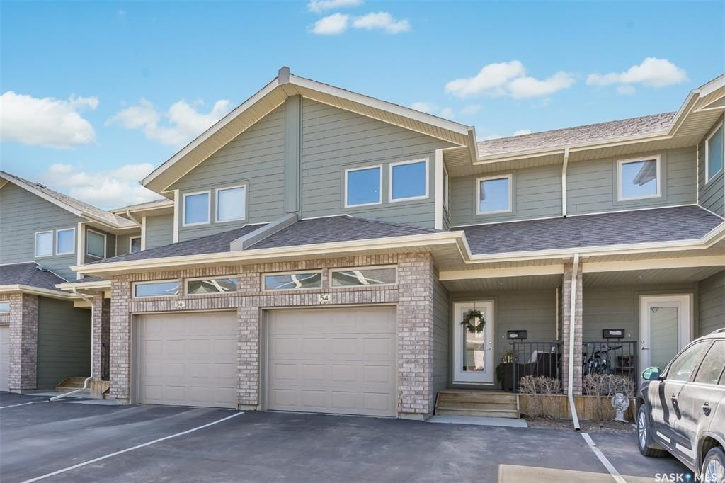 Main Photo: 54 1550 Paton Crescent in Saskatoon: Willowgrove Residential for sale : MLS®# SK854899