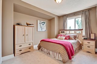 Photo 25: 640 54 Ave SW in Calgary: House for sale : MLS®# C4023546