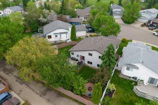 Photo 34: 4 DALTON Close: Sherwood Park House for sale : MLS®# E4249116