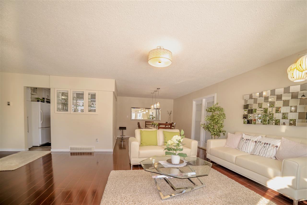 Main Photo: 6778 39 Avenue in Edmonton: Zone 29 House for sale : MLS®# E4233001