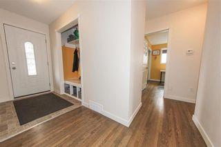 Photo 5: 39 Sage Crescent in Winnipeg: Crestview Residential for sale (5H)  : MLS®# 202123249