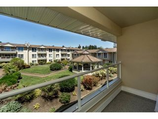 """Photo 20: 1 15875 MARINE Drive: White Rock Townhouse for sale in """"Southport"""" (South Surrey White Rock)  : MLS®# R2170589"""