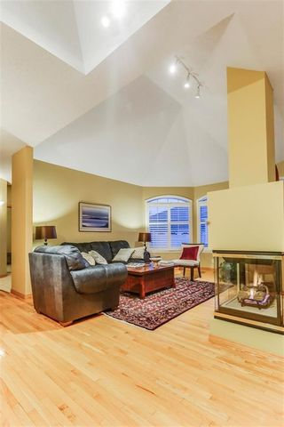 Photo 8: 55 CHRISTIE PARK Terrace SW in Calgary: Christie Park Row/Townhouse for sale : MLS®# A1076958