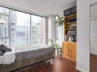 """Photo 16: 1705 1211 MELVILLE Street in Vancouver: Coal Harbour Condo for sale in """"THE RITZ"""" (Vancouver West)  : MLS®# R2173539"""