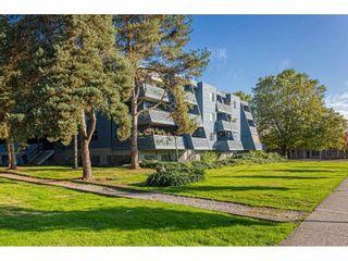"Photo 1: 304 17661 58A Avenue in Surrey: Cloverdale BC Condo for sale in ""WYNDHAM ESTATES"" (Cloverdale)  : MLS®# R2506533"