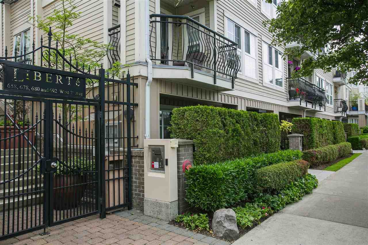 Main Photo: 682 W 7TH AVENUE in : Fairview VW Townhouse for sale (Vancouver West)  : MLS®# R2072166